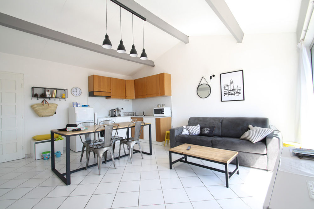 location-collioure-séjour-salon-appartement