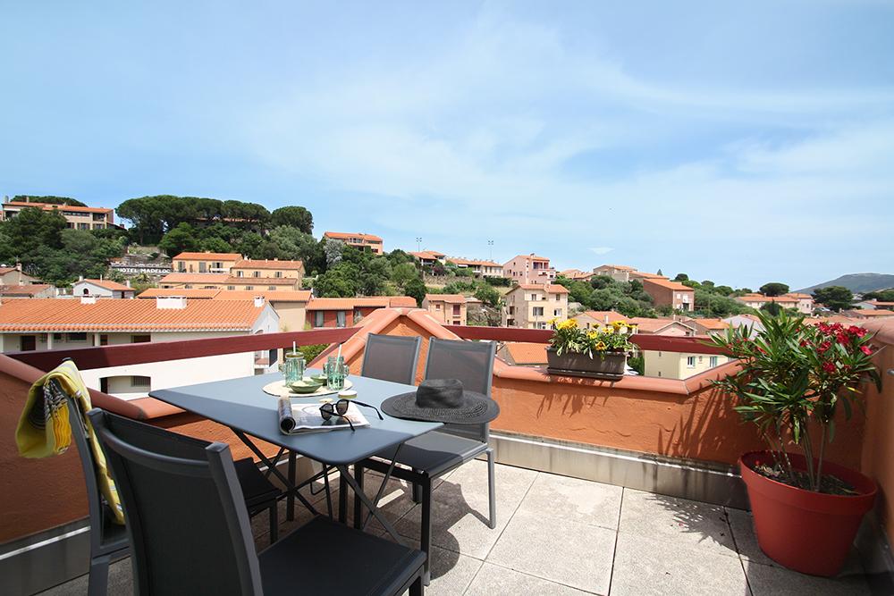 La terrasse de l'appartement de location à Collioure